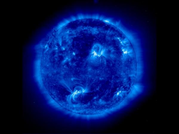 RT @marcuschown: 100 billion neutrinos pass through your thumbnail every second. 8 1/2 minutes ago they were in the heart of the Sun http://t.co/1N7huFml