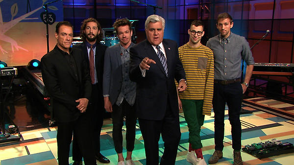 TONIGHT: Hidden Messages, #Lawless Shia LaBeouf, #Expendables2 Jean-Claude Van Damme & musical guests @OurNameIsFun! http://t.co/wEmQRczO