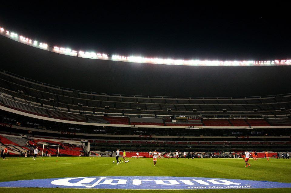 @joserra_diez @paco_rvs estadio azteca america vs correcaminos.... http://t.co/BvGJ257x