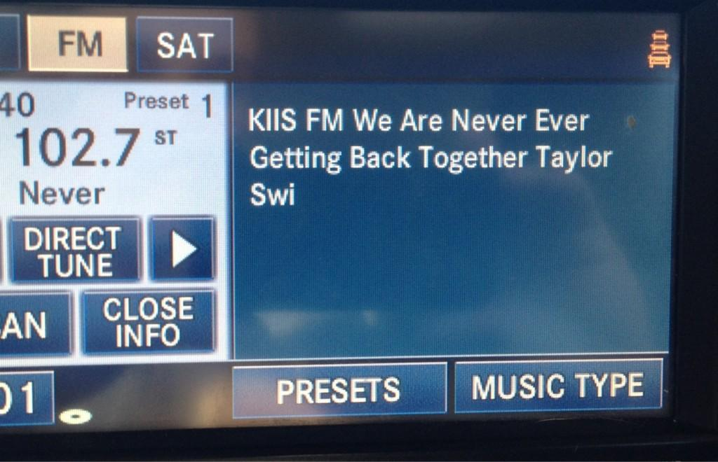 New jams! @taylorswift13 http://t.co/xscGq4d8