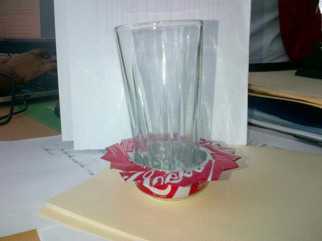 Miren las cosas que se pueden hacer con la basura, aprendamos a reciclar http://t.co/e7hGR4GB