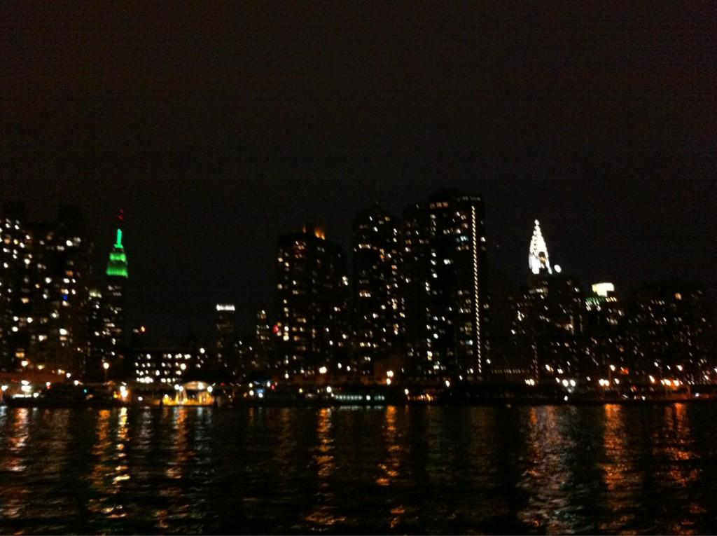 Midtown manhattan- evening sail nyc http://t.co/AXUIibHJ