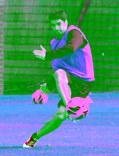 #PIC El Pistolero a.k.a @luis16suarez http://t.co/OJYBjqV0