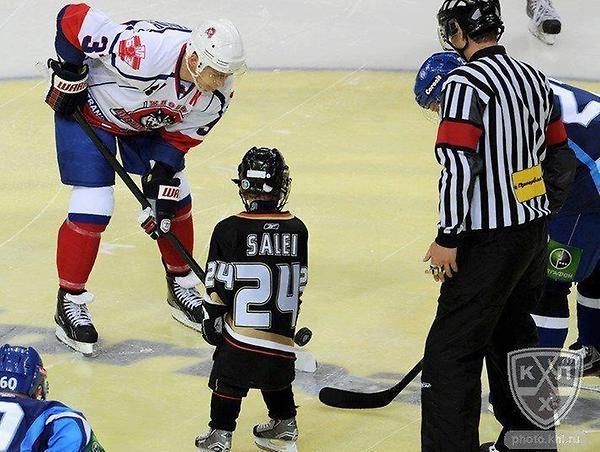 Ruslan Salei's son dropped the puck today for the start of the game. #neverforget #heartbreaking http://t.co/3MPYrQc7