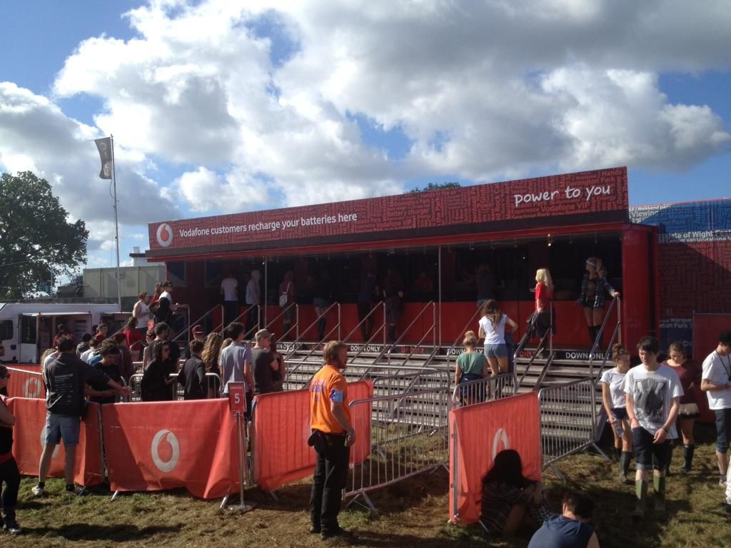 Thanks @VodafoneUK for keeping my festival awesome with a recharge truck #PhoneSavers http://t.co/FbLDxYyJ