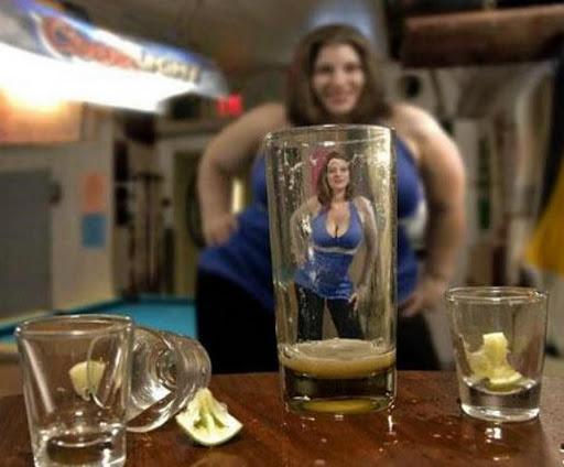 Hola, soy Xabi Alonso. NO estoy borracho y mira que estás buena... #FinDelSueño http://t.co/QZrBdpxW