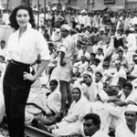 +1 @BhopalHouse: Just WOW MT @arshad43  Here is Ava Gardner on April 22, 1955 at Lahore Railway Station.
