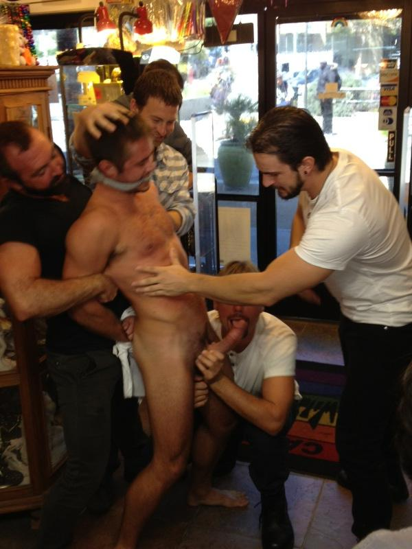 RT @pornobobbie: Check out @MikedeMarko from his BOUND IN PUBLIC happening now @ Wild Card in the Castro! Yummmm @kinkmen http://t.co/vW ...