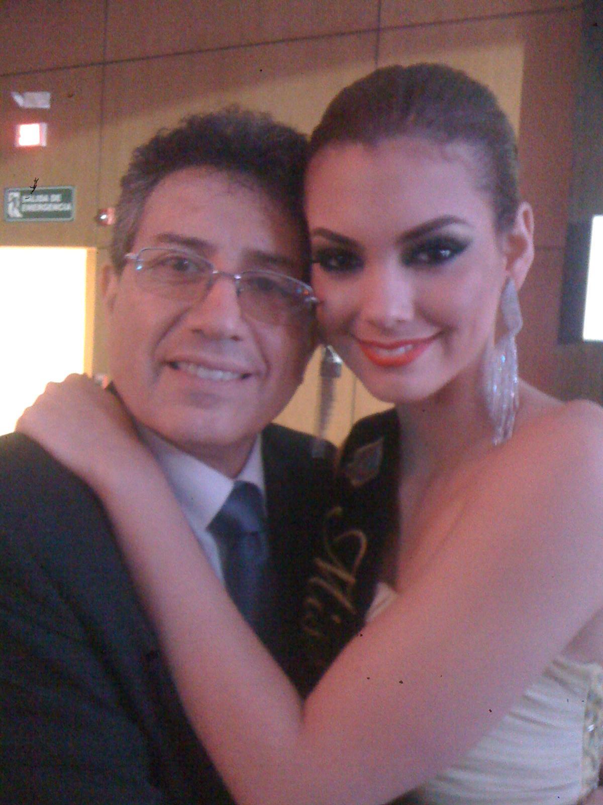 Miss Ecuador 2012 | Carolina Aguirre | Official Thread | - Page 2 A35olWyCQAA1mkx