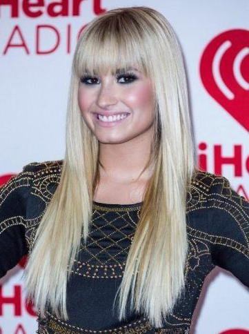 @ddlovato hey you ♥♥♥ http://t.co/ovoPnEoz