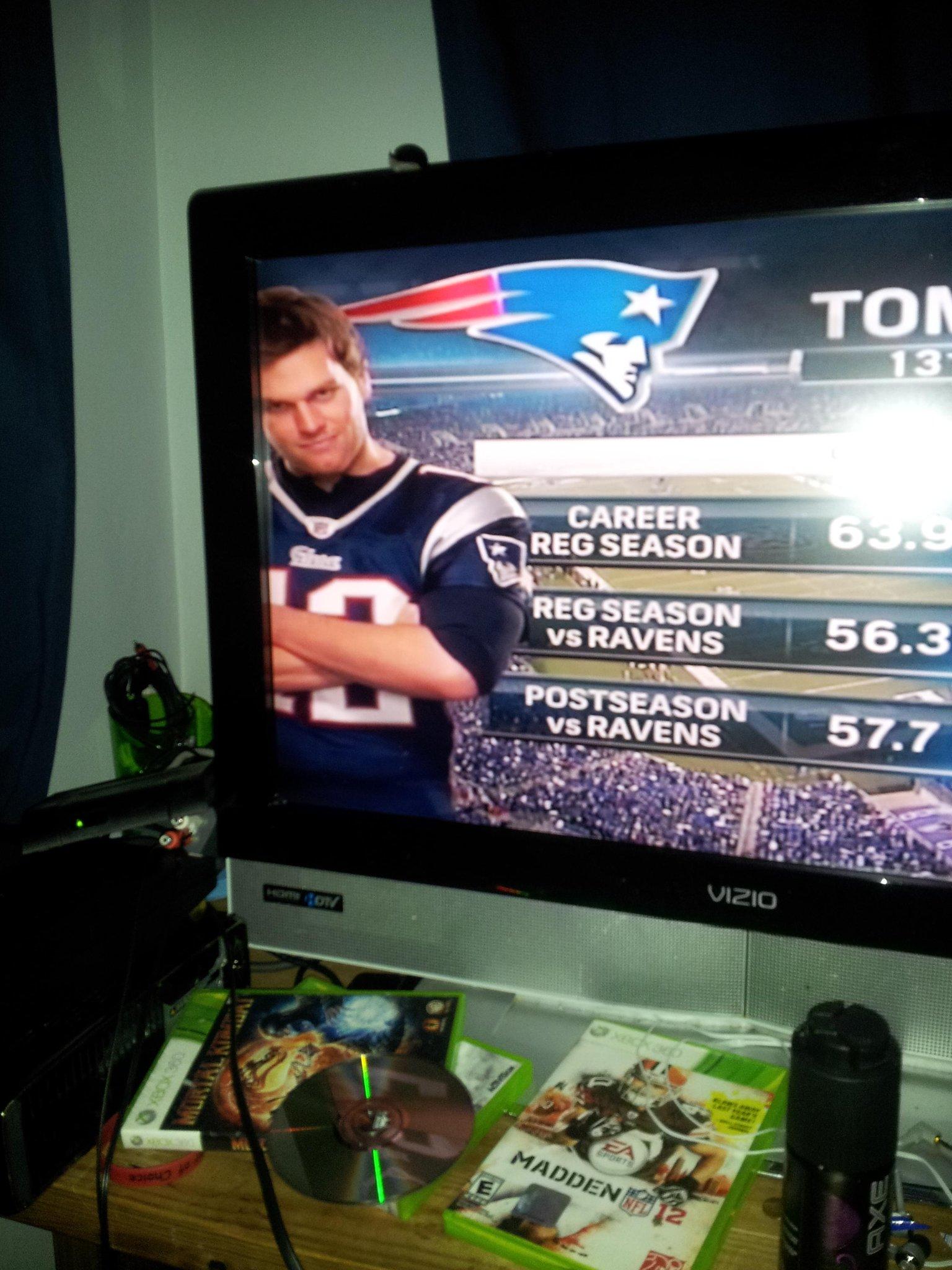 Tom Brady Look like a Rapist lol http://t.co/H1H1SPyd