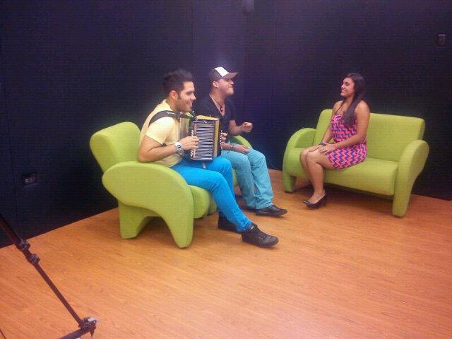 RT @jork_nano: Programa estrellas del vallenato Canal NCTV con @MariveMontiel @nanosimancas @jork_nano @zulmasiu @N_Senki @Mariale028 ht ...
