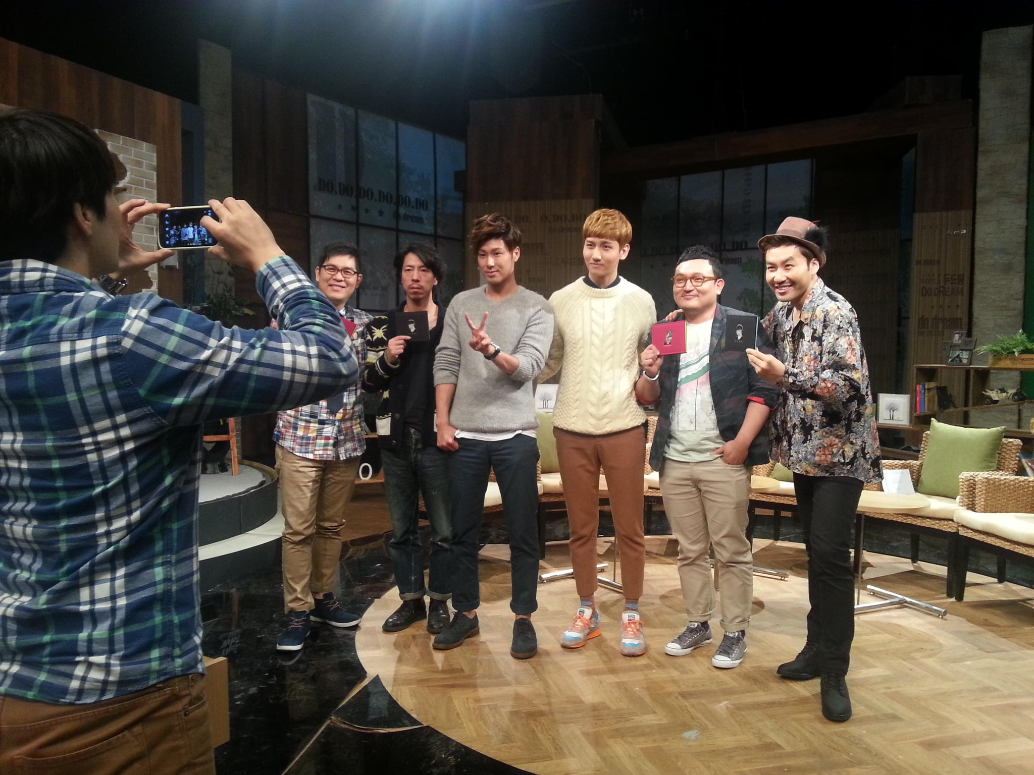 RT @tohosomnia [PIC] Do Dream's PD tweets a picture of TVXQ! at the set http://t.co/lDF34FKU (@kbskopd)