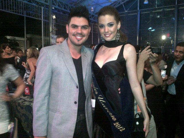 Miss Ecuador 2012 | Carolina Aguirre | Official Thread | - Page 2 A4AdRW1CcAE1XnN