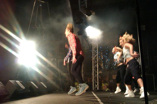 Another pic if Jedward right here right now. http://t.co/O1OtvCdV