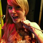 RT @vinceruth: @SaraUnderwood shot in the neck. Still sassy. Even in pseudo-death.