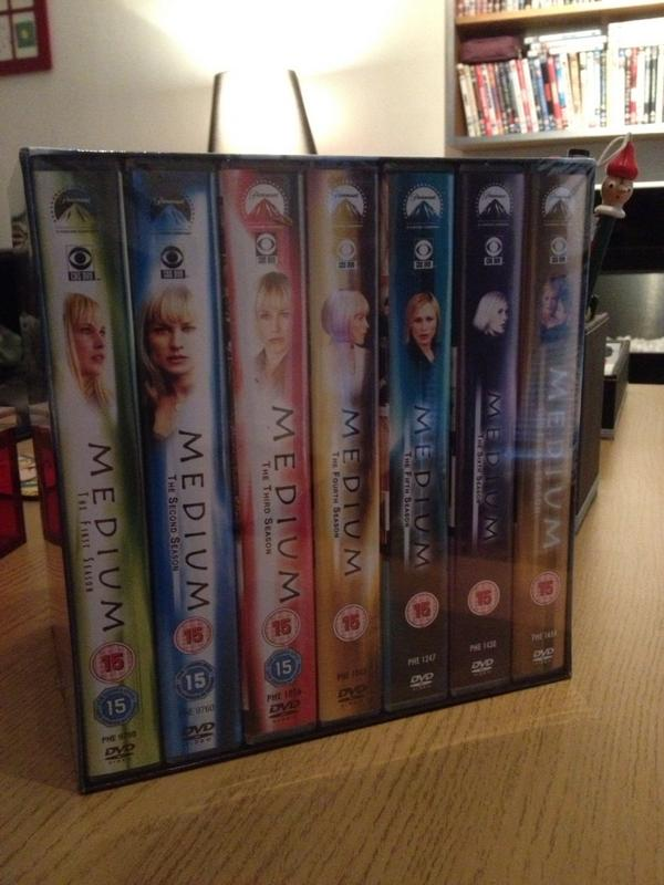 Paul C (@channp): That's telly sorted for a while... http://t.co/LwHKcGI4