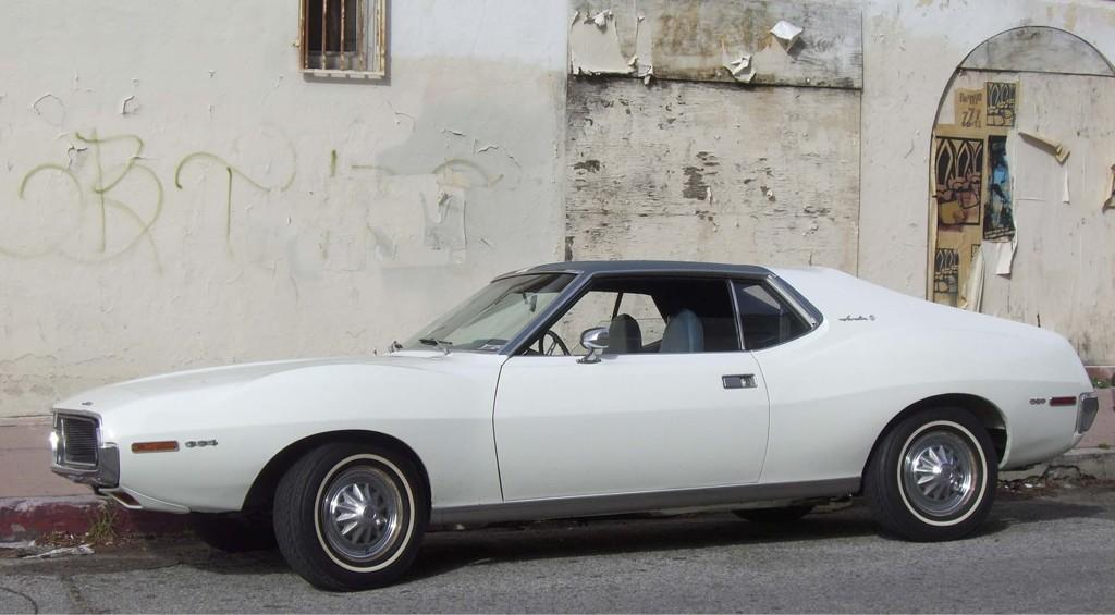 BONUS. My 1971 AMC Javelin from my dad - her name is Bardot #TeamMelissa http://t.co/GmBvsPHO