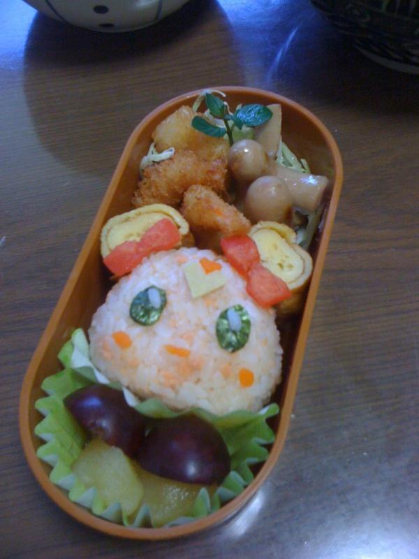 今日の娘のお弁当。なんちゃってキャンディ( ´ ▽ ` )ノ http://t.co/RZMzB1cR