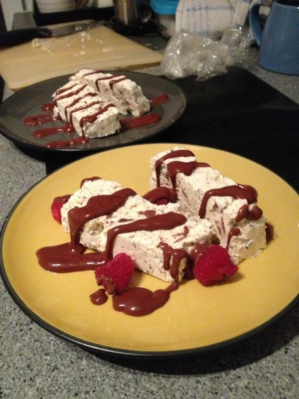Paul C (@channp): 26mins shy of the required 8hr freeze... @Nigella_Lawson 's Meringue Gelato Cake with choc sauce & raspberries. http://t.co/8mCiRoBg