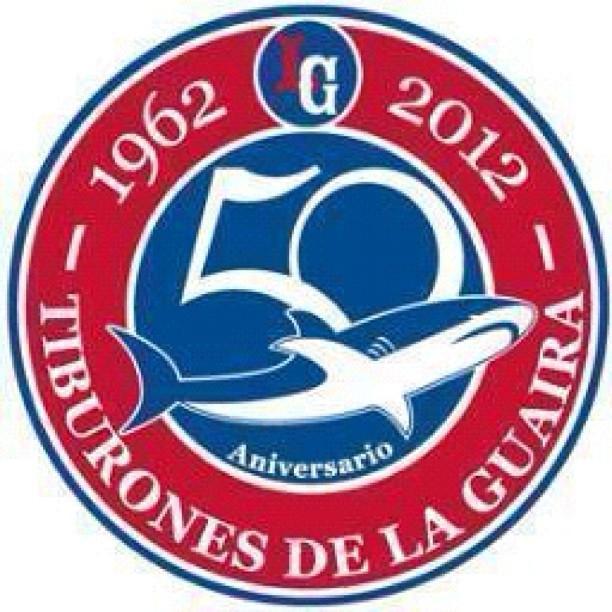 Logo del 50 aniversario de Los Grandes Tiburones De La Guaira. http://t.co/VC38GQtV