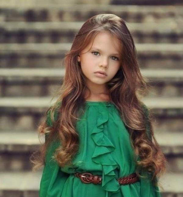 Seeing a 7 year old prettier than me always makes me feel great about my life. http://t.co/wKSviAqo