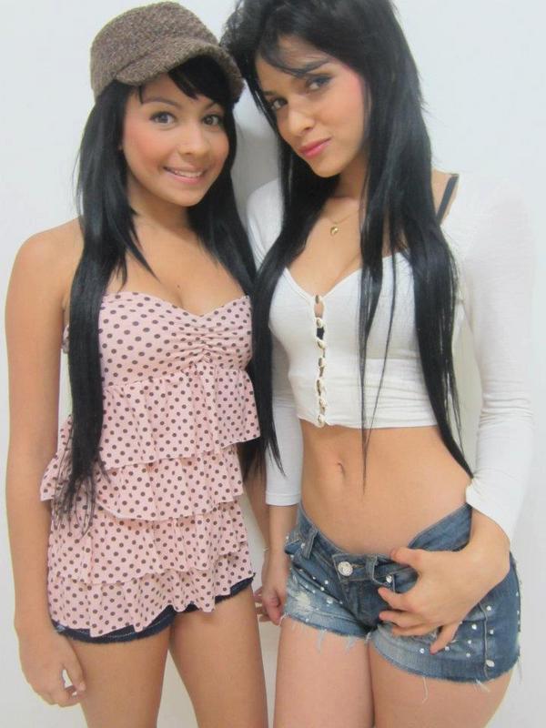 ★FaRuLoRas☆ (@FaRuLoRaS): Luchy y Daniela http://t.co/d282dBMS