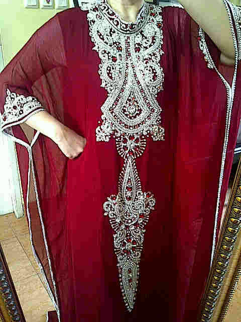 Gamis Glamour Kaftan Mewah jilbab pesta jilbab pengantin & penjahit SMS&whatsapp 085868579753\08122723389  PIN 28B0EF95 http://t.co/eskDuAMd