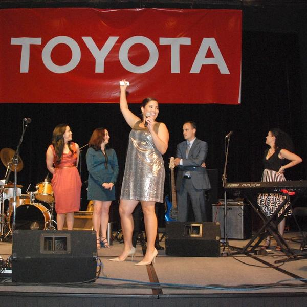 Kelly Mullaney (@KellyMullaney): At #Latism12 Awards @mzelma thanks @Toyota for their support to #Latism #ToyotaLatino @ergeekgoddess @TonyTorero http://t.co/RFeFCFCH