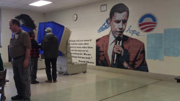 obama polling mural