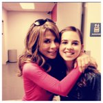 :) xoP RT @CarlyRoseMusic: Great meeting @paulaabdul today...  remember watching her on Idol when I was a little girl! http://t.co/Wc0WmJdV