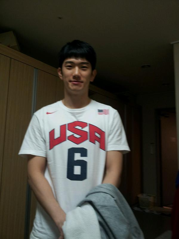 승리의 만찬 직후. 수줍게 웃고있는 박병우 선수. http://t.co/XDr0TZYT