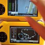 Sensacional esse brinquedinho para ver o treino. Quero um para o ano todo! #F1 Gracias #Santander http://t.co/Uq6iO1ND