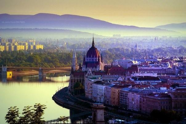Будапешт.  Всем туристам по программе...  Транспорт.