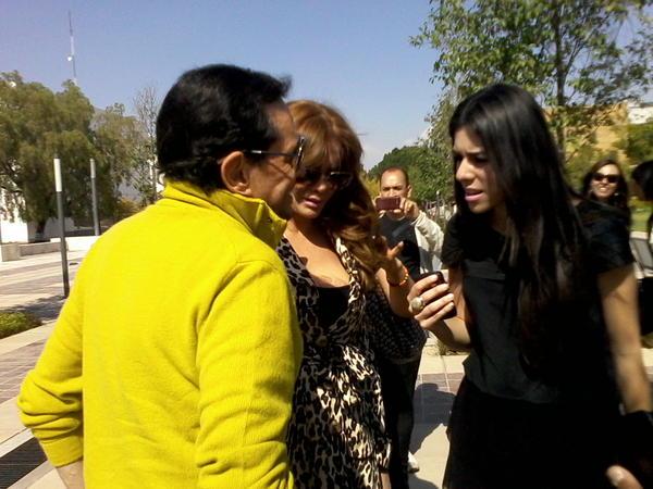 Лусия Мендес/Lucia Mendez 4 - Страница 30 A8z1BOICQAAlPmu