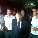 RT @StuartBroad8: @MayorofLondon: Fantastic to meet the team and am wishing them all the best in the next Test http://t.co/G13NzFTH&gt ...