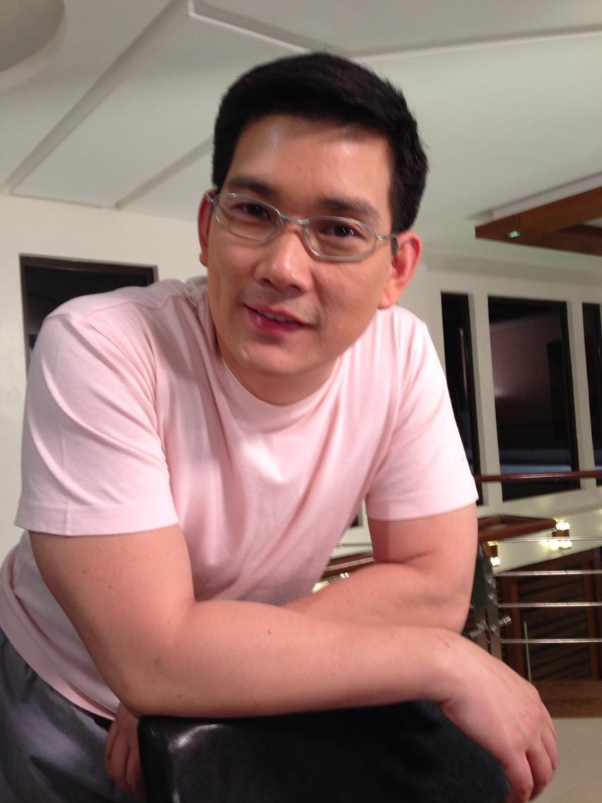 To all Richard Yap fans out there here 's a treat for all of you :) @ ...