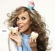 Happy Birthday to the beautiful @tyrabanks! Hope your day is filled with love and happiness! We LOVE you!! http://t.co/3qNG9OWT