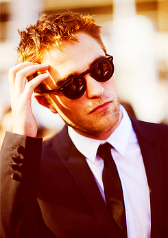 RT @_BitchRK: #RobPattinsonSexiestManAlive since 1986 ♡ http://t.co/G7x55wzs