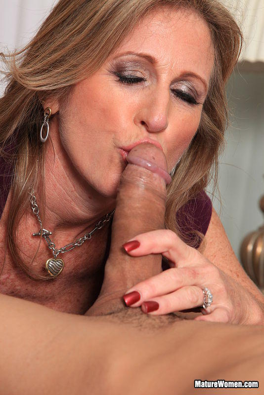 blonde Hot blowjob mature