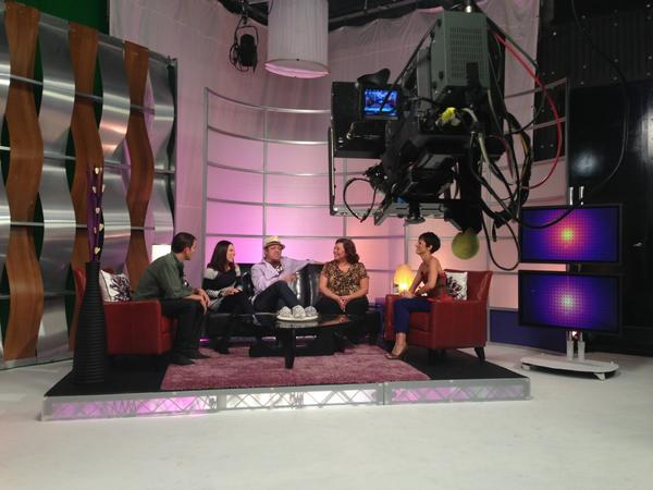 LatiNation (@LatiNationTV): Cast of @FixingPaco visiting @GabyFresquez and @humbertoguida on the @LatiNationTV set! http://t.co/KIFtEGrj
