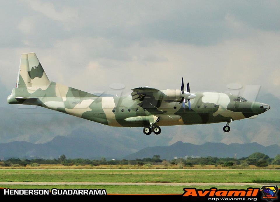FOTO: Y8F-200W AMB 2803 del Grupo Aereo de Transporte 6 http://t.co/u3o4j4kG