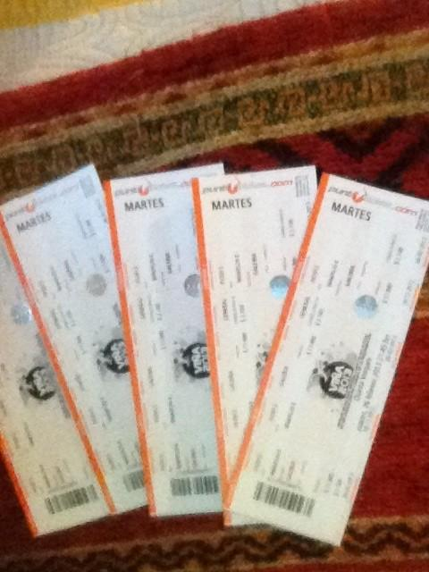 #festivalviña2013 @joejonas , @nickjonas , @kevinjonas , i have my tickets¡¡¡ See U in there ¡¡ XOXO http://t.co/18z5XzN5   #JBChile