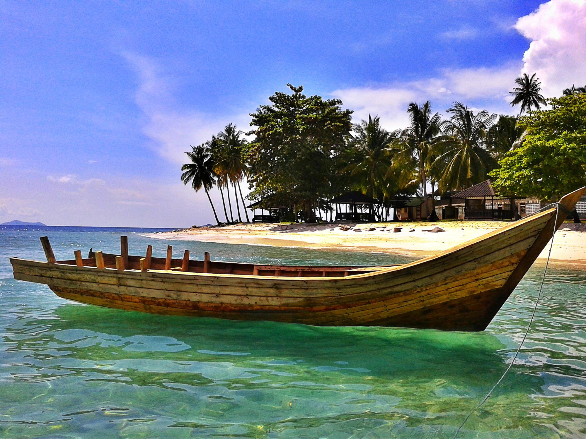 backpacker, borneo, Kalimantan Barat, Pantai, pulau, tips backpacker, Wisata Alam, wisata kalimantan, wisata unik, randayan, bengkayang, wisata tiket, tiket murah, liburan, traveling, Diving, snorkeling,