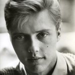RT @colegamble: Remember when Christopher Walken looked like Scarlett Johansson?