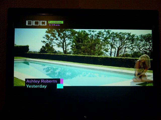 Single [Ashley Roberts] >> Yesterday - Página 6 A_pltg7CIAAlMfQ