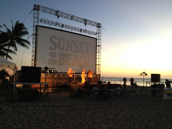 Very nice! RT @HIFF: Beautiful evening at Sunset on the Beach tonight: http://t.co/lsQqgCdR