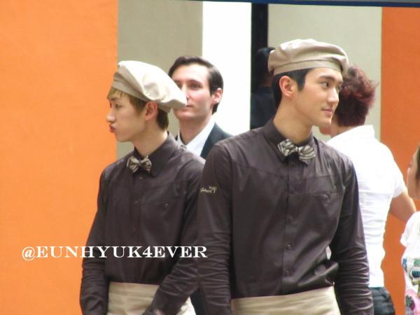 KYOCHON CF SHOOTING: Eunhyuk pouting :) http://t.co/oPhgPokp