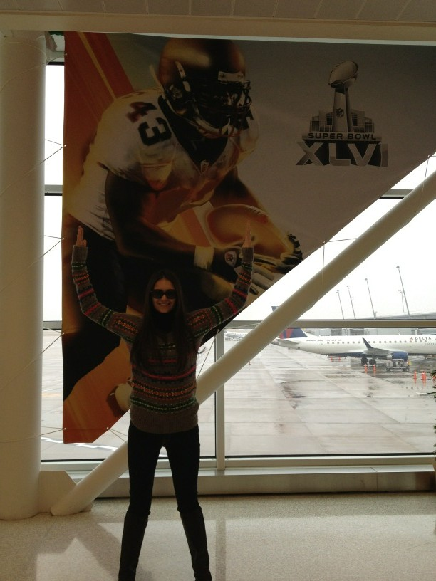 RT @ninadobrev: Landed! En route to the beach bowl! http://t.co/JypijQUj