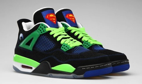 One of the Jordan reps had these on today! #Dope #ItsGottaBeTheShoes http://t.co/4Q8n8UGz